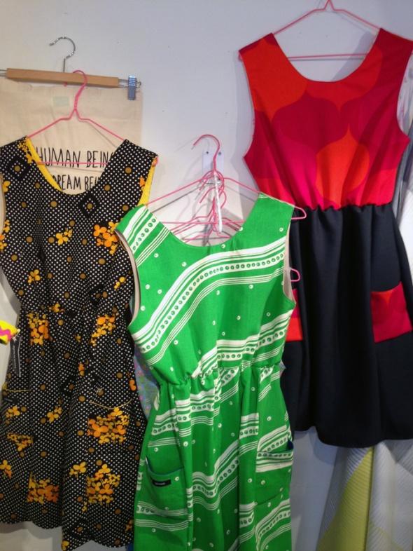 klänningar färgglatt