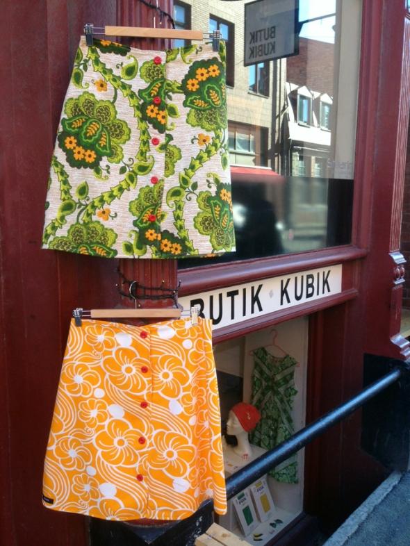 färgglad kjol retro orange grön