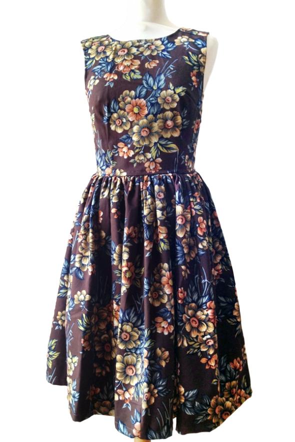 Stormhund brun klänning