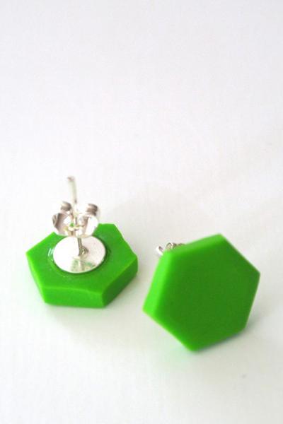 Hexagon_ljusgrön-510x652