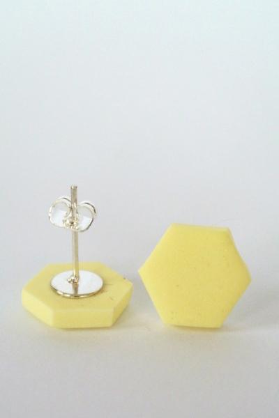 Hexagon_ljusgul1-510x652