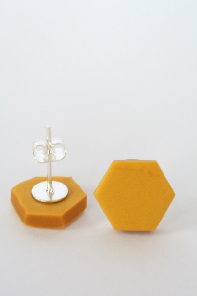 Hexagon_ljusguld1-510x652