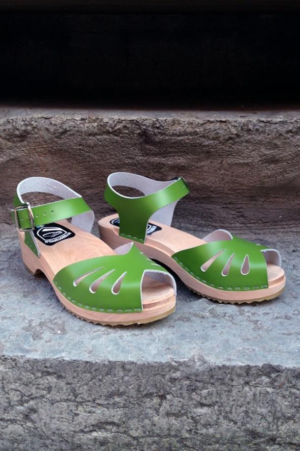 grön sandal nybrotoffeln