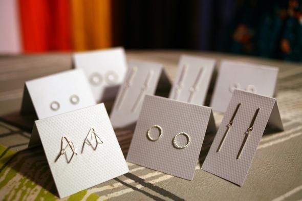 stilrena handgjorda silversmycken tillverkade i göteborg